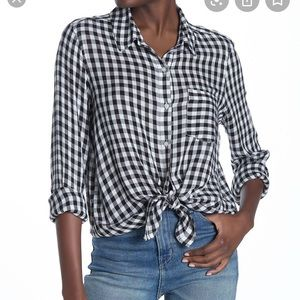 Abound Weekend tie front button down shirt